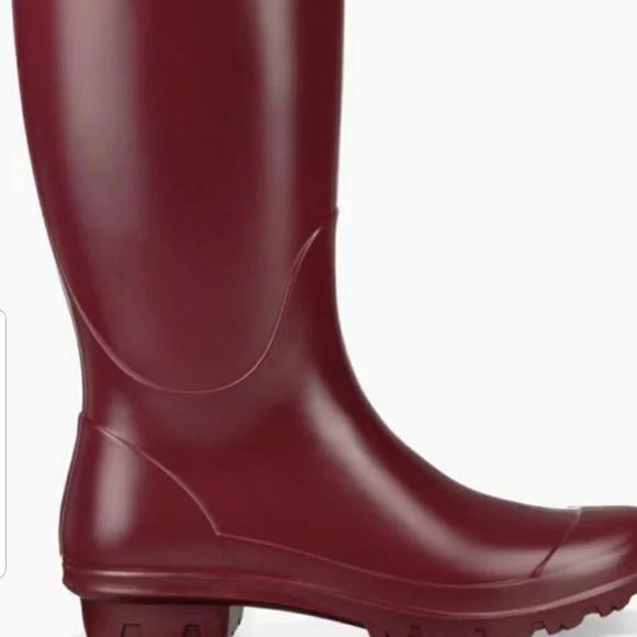 49b9e4beee8 UGG Rainboots
